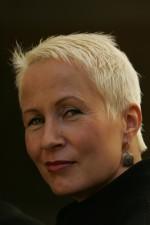 Suvi-Anne Siimes, kirjailija, Minerva Kustannus Oy